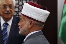 La Policía israelí detiene al gran muftí de Jerusalén
