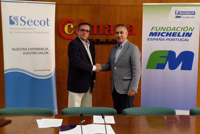 Firma del convenio de colaboración entre Secot y FMEP