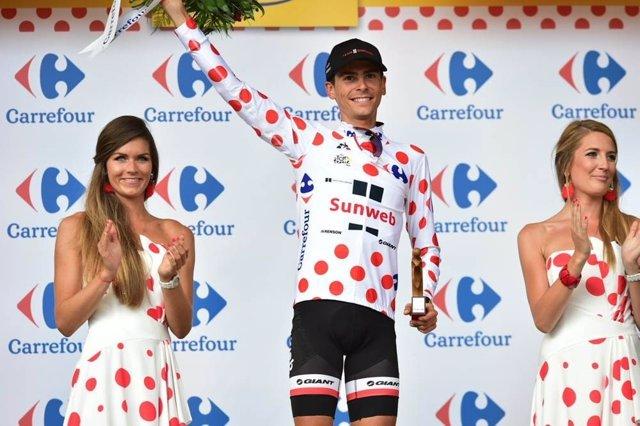 El Ciclista Francés Warren Barguil (Sunweb) , Líder Del Maillot De La Montaña