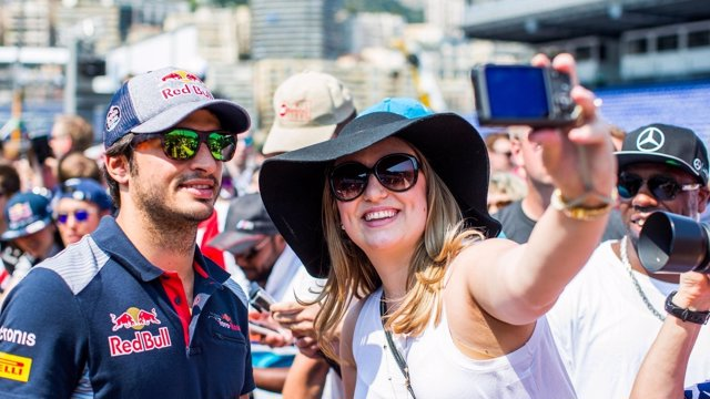 Carlos Sainz  (Mónaco, Toro Rosso)