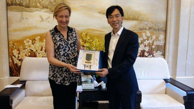 La consejera de Economía del Gobierno de Aragón, Marta Gastón, en Zhejiang.