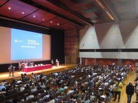 Arranca el plenario de En Marea sin los alcaldes de A Coruña y Santiago
