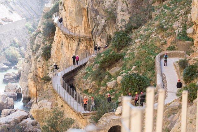 Caminito del rey málaga senda medio ambiente paraje gaitanes pasarela