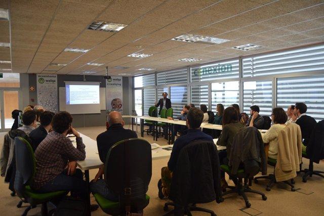 Una de las reuniones para planificar los proyectos de FP Dual.