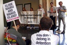 Paralizado el acuerdo de traslado de refugiados entre Australia y EEUU, según detenidos en Nauru