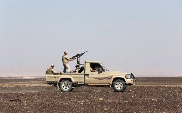 Un vehículo militar en la región egipcia del Sinaí