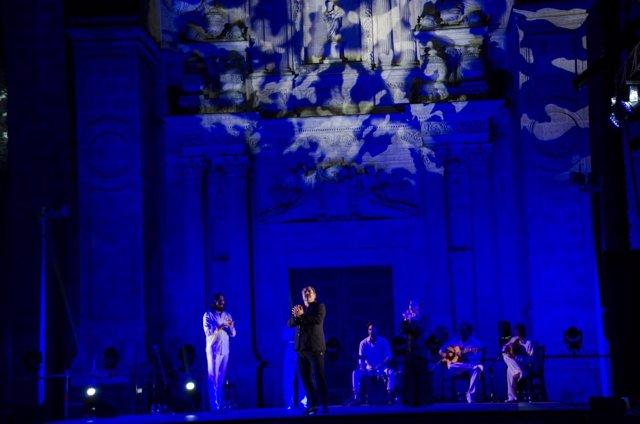 Actuación de Antonio Canales en el Festival Flamenco de Almería