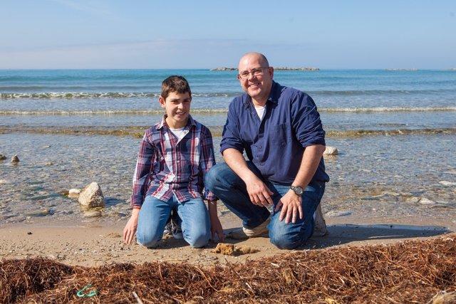 Pablo Ruiz y su hijo Sergio, guardianes del mar