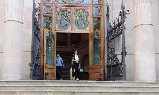 La portavoz de JxSí en el Parlament Marta Rovira sale del TSJC