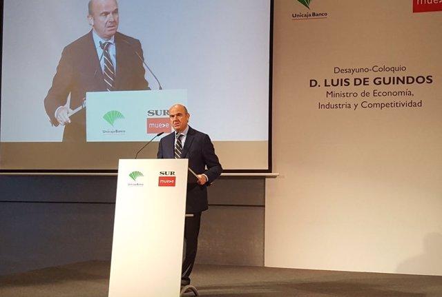 Luis de Guindos ministro de economía diario sur y unicaja málaga  debate coloqui