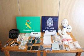 La organización de narcos desarticulada en Arousa distribuía cocaína en Galicia y Madrid