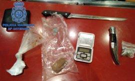 Detenido un joven por vender droga en el bar en el que trabajaba en Colloto