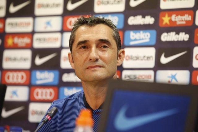 Ernesto Valverde (Barcelona) en roda de premsa