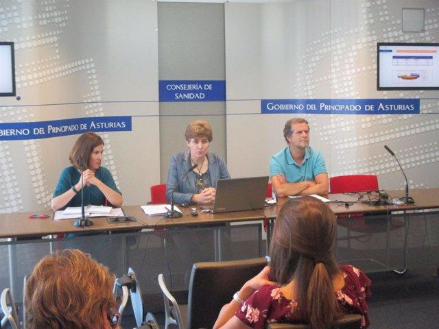 De izq. A dcha. María Luisa Rodriguez, Rosa Urdiales y José Altoaguirre