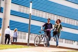 Educación destina 500.000€ a las becas de excelencia para universitarios