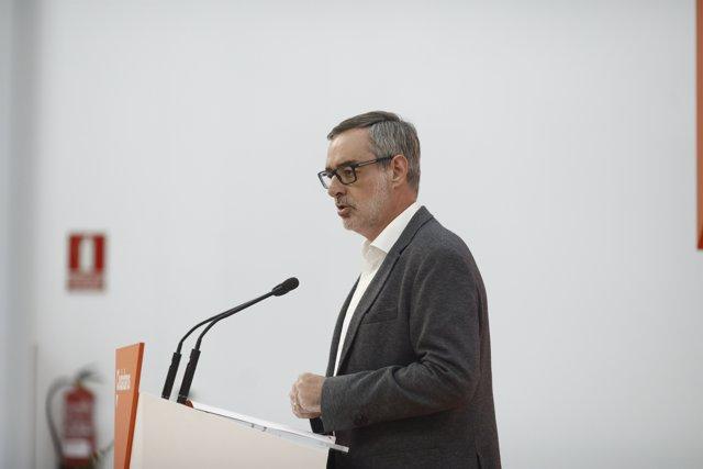 El secretari general de Ciudadanos, José Manuel Villegas, ofereix una roda