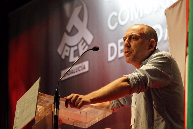 El secretario general del Partido Comunista de Andalucía (PCA), Ernesto Alba