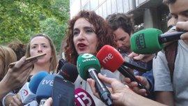 """Andalucía saluda """"la voluntad"""" del Gobierno de incluir las 35 horas en los PGE de 2018"""