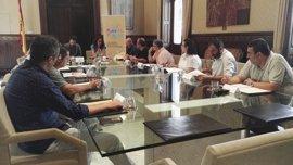 CCOO y UGT trasladan al Govern su apoyo en la negociación del nuevo REB