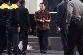 La agencia anticorrupción de Indonesia investiga a un parlamentario por defraudar 150 millones de euros