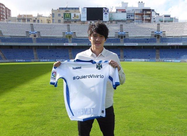 Gaku Shibasaki, jugador del CD Tenerife