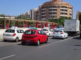 Autoescuelas andaluzas cifran en 350.000 los alumnos afectados por la huelga de examinadores