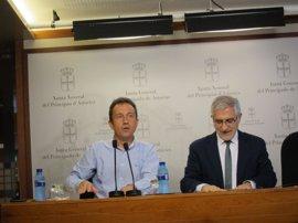 """Llamazares (IU) espera que la reunión con Podemos sirva para avanzar en el """"rescate social"""""""