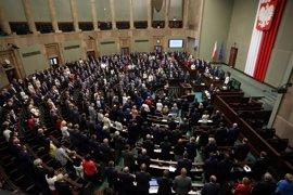 El Parlamento de Polonia debate un proyecto de ley que aumentaría el control sobre el Poder Judicial