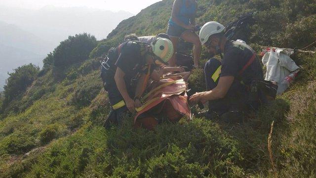 Rescate de una senderista en el Carñón de Peña Sagra
