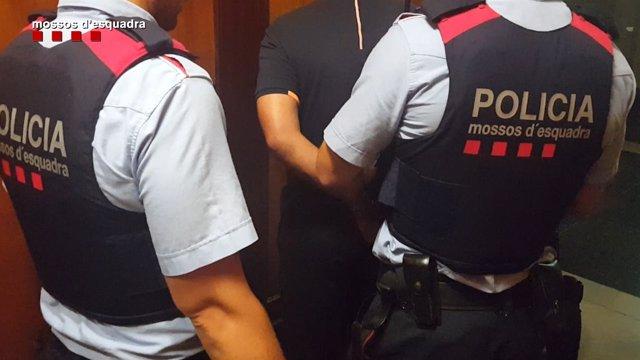 Detenida una banda especializada en robos a turistas en Barcelona