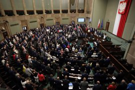 El Parlamento de Polonia envía a comisión un proyecto de ley que aumentaría el control sobre el Poder Judicial