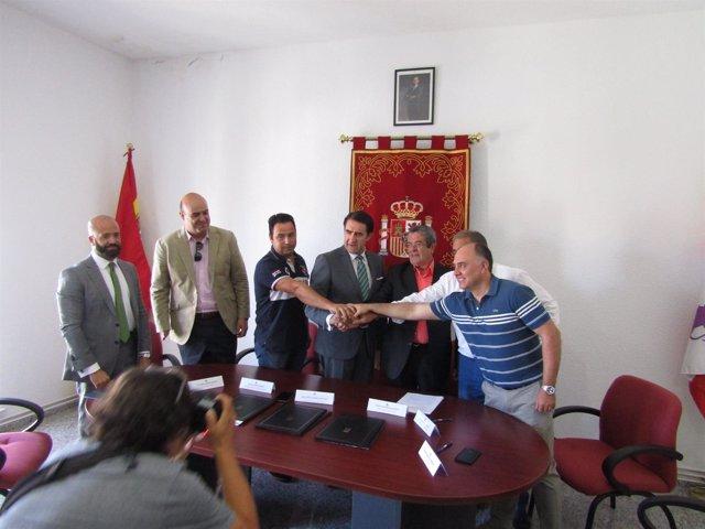 Salamanca.- Firma de convenios con los cuatro ayuntamientos