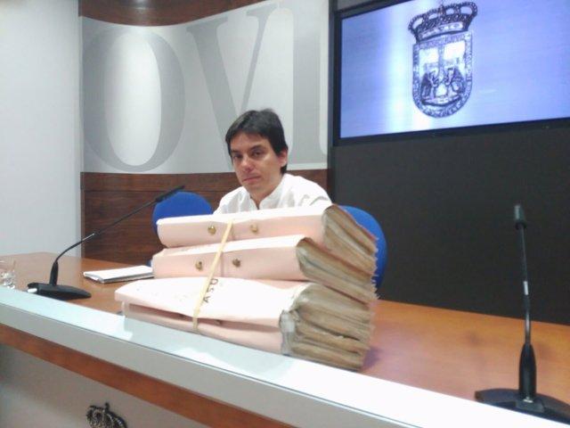 Ignacio Fernández del Páramo con expedientes atrasados.
