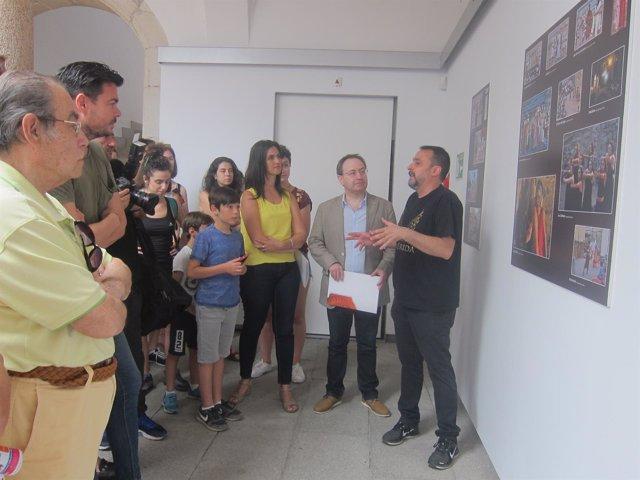 TAPTC? muestra una exposición fotográfica sobre el Festival de Teatro de Mérida
