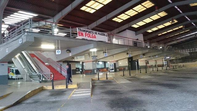 La estación de autobuses de Santiago, durante la huelga