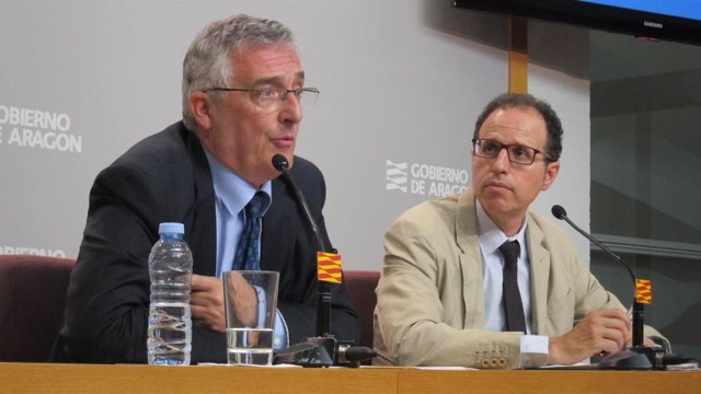 El consejero Joaquín Olona y el director general Jesús Nogués