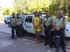 Junta avanza en la renovación de la flota de los agentes de medio ambiente en Huelva con la entrega de cuatro vehículos