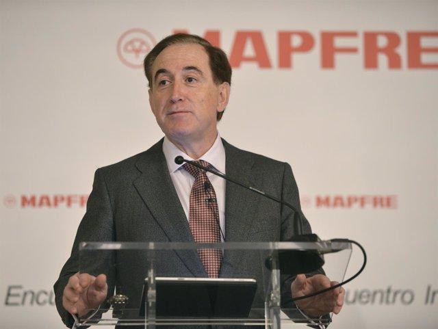 El presidente de Mapfre, Antonio Huertas, en un desayuno de Europa Press