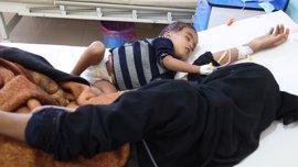 Cae la tasa de mortalidad por el brote de cólera en Yemen, donde ya hay 1.817 muertos