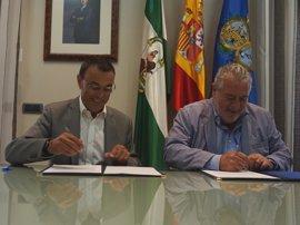 Diputación de Huelva firma un convenio con RTVA para reforzar la divulgación de los actos del 525 Aniversario