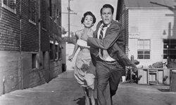 Warner Bros. prepara un altre remake de 'La invasión de los ladrones de cuerpos' (MONOGRAM PICTURES)