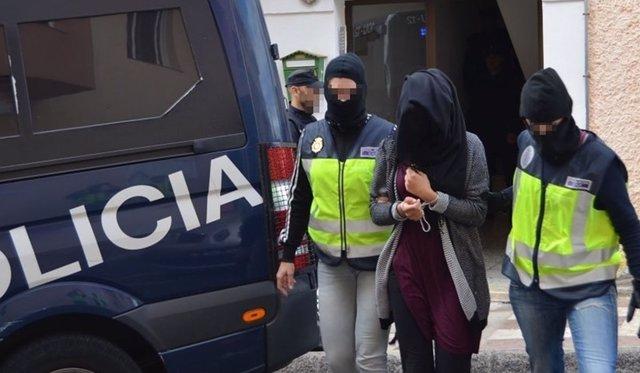 Momento de la detención de Soukaiana Aboudrar en Fuerteventura