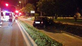 Una conductora da positivo penal por alcoholemia tras un accidente en Córdoba