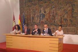 Page quiere aprobar en agosto el Pacto por la Educación y la Declaración de Interés de Puy du Fou