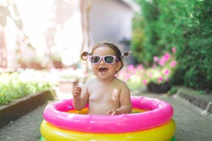 Vigila a tu bebé: puede ahogarse en solo 2 centímetros de agua