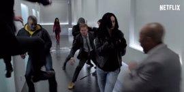 Acción y chascarrillos en el espectacular trailer de The Defenders de la Comic-Con
