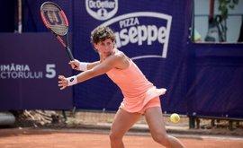 Carla Suárez no puede con Camelia Begu en las semifinales de Bucarest