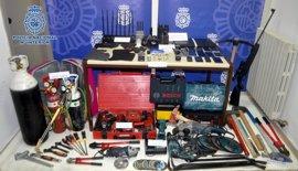 Detenidos los dos autores del robo en el Alcoraz, donde iban a prepetrar un nuevo ataque