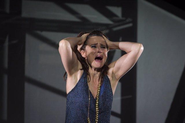 Aitana Sánchez-Gijón en 'Troyanas'