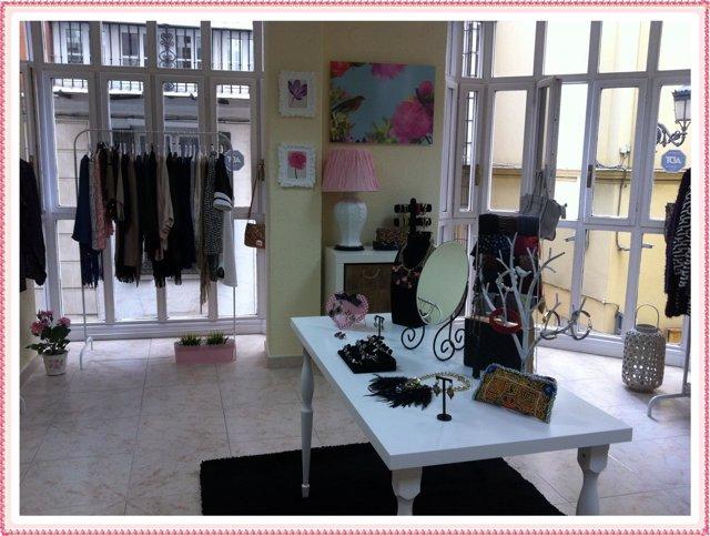Lovely Mirror showroom de moda en el centro de Málaga